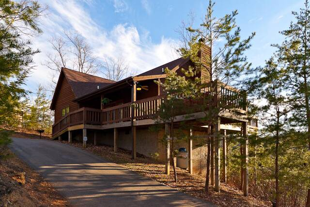 A Heavenly View Gatlinburg Chalets Cabin Rentals Tennessee