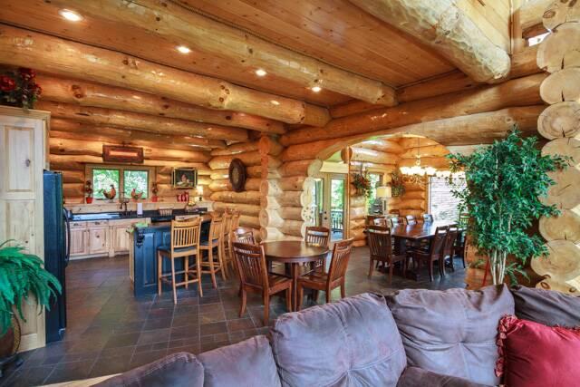 Taygans Place Gatlinburg Chalets Cabin Rentals Tennessee